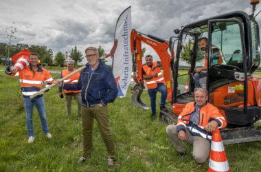 Nederhemert 07/07/2020 Start glasvezelproject onder aanvoering van wethouder Cees Zondag iov Regio Rivierenland Foto Raphael Drent